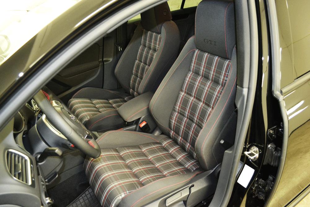 VW Golf GTI nach einer Polsterreinigung