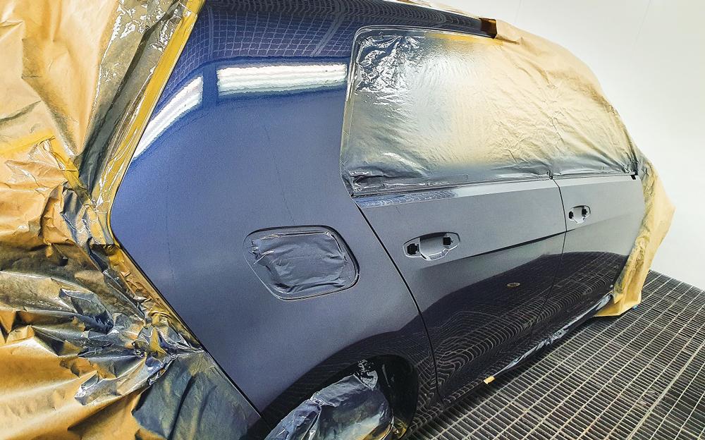 Lackierung eines Seitenteils und der Türen VW Golf